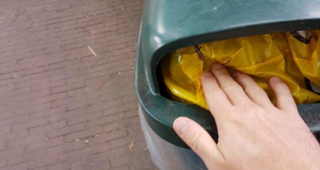 Is praten over het opruimen van zwerfafval taboe?